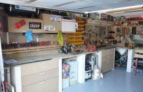 Garage aménagé auto